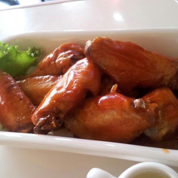 johnny moo shanghai chicken wings hongqiao gubei